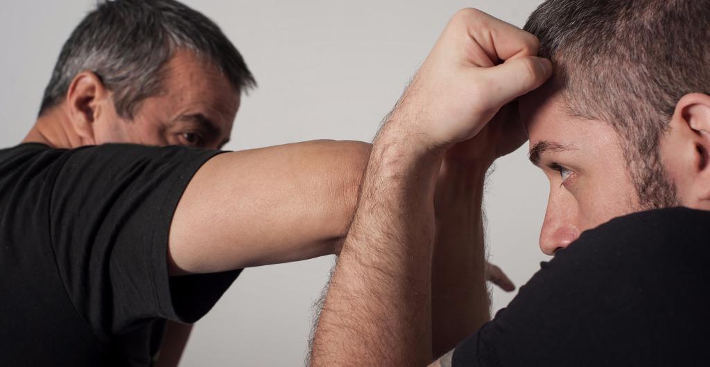 Selbstbehauptung - Selbstverteidigung - Kampfsport - Frauen - Männer - Sicherheit - Kiel - Trainer - Lehrer - Ausbildung